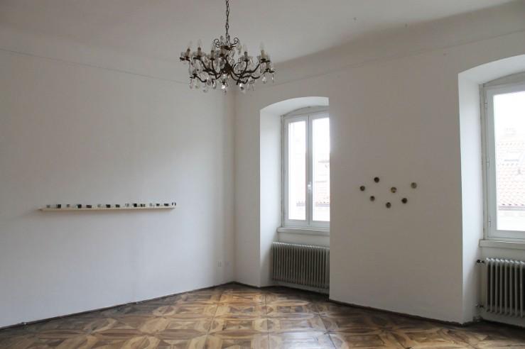Aurora Paolillo, left Catalogo dei luoghi, 2013-2014, right Residui, 2013